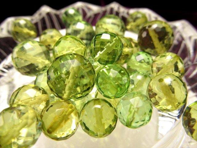 1粒売り 4A カット グリーンアンバー(天然琥珀)ビーズ石 約7.5mm珠 カットタイプ 発色美しいリトアニアアンバー バルト海産