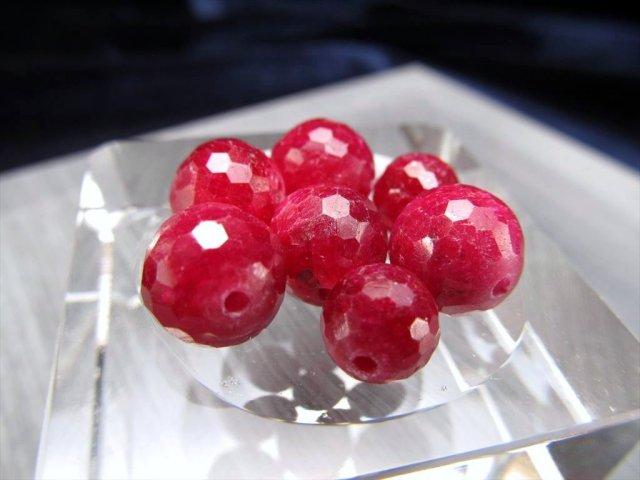 1粒珠売り 4A 濃厚ルビー(紅玉)ミラーボールカット ビーズ石 約7mm珠 宝石の女王 濃厚ワインレッド ミャンマー産