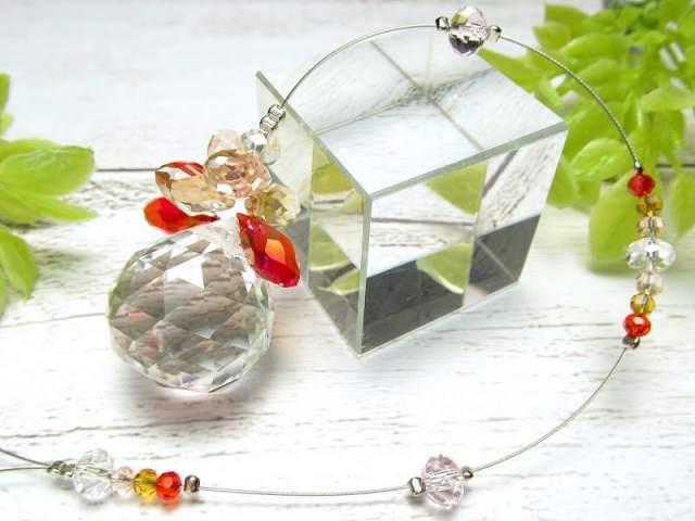 虹いっぱい レッドカラー ミニフラワー サンキャッチャー 全長約24cm クリスタルガラス約23mm×20mm かわいいお花タイプ ミニフラワー サンキャッチャー