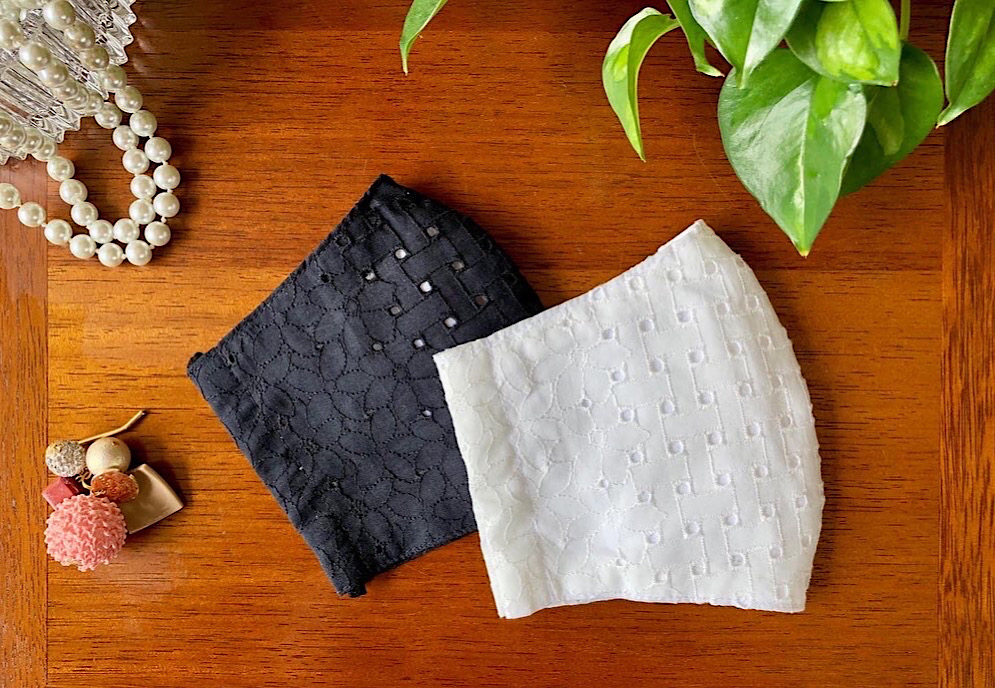 100%コットン 格子編み柄×花柄レースマスク(ホワイト・ブラック) 洗えるマスク