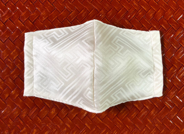 丹後ちりめん 立体シルクマスク4枚重ね(さや型) 夏におすすめ洗えるひんやりマスク