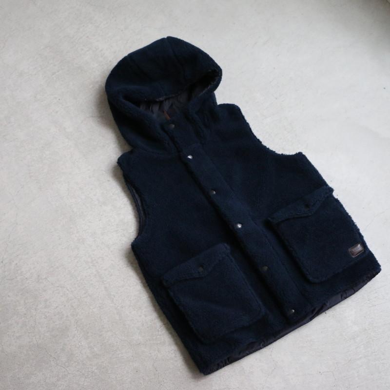 NAM2431 ARMEN FLEECE FRONT ZIP&SNAP HOODED vest
