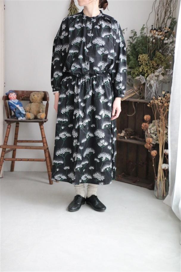 079S014050 marble SUD MIZUKIギャザースカート BLK