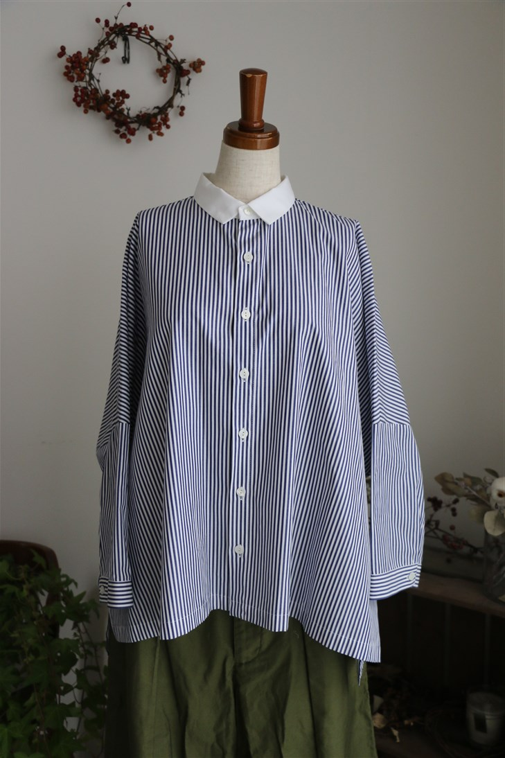 <SALE>SD64ES11STAMP AND DIARY クレリックシャツ