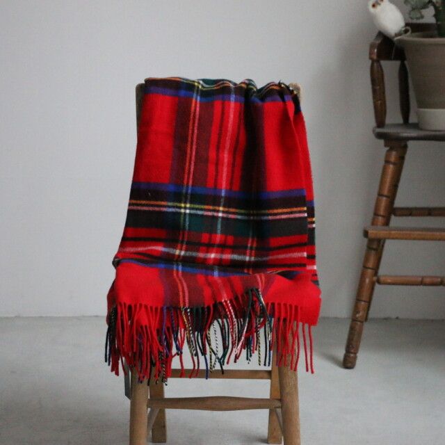 WD00012KU Royal Heather LAMBS WOOL STOLE (John Stons)