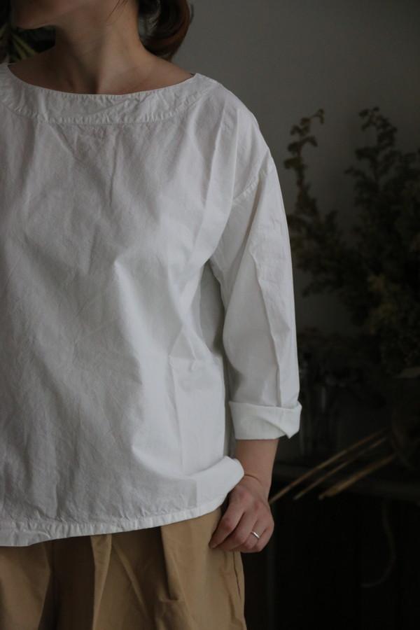 INAM1861pd armen biat neck smock 2色