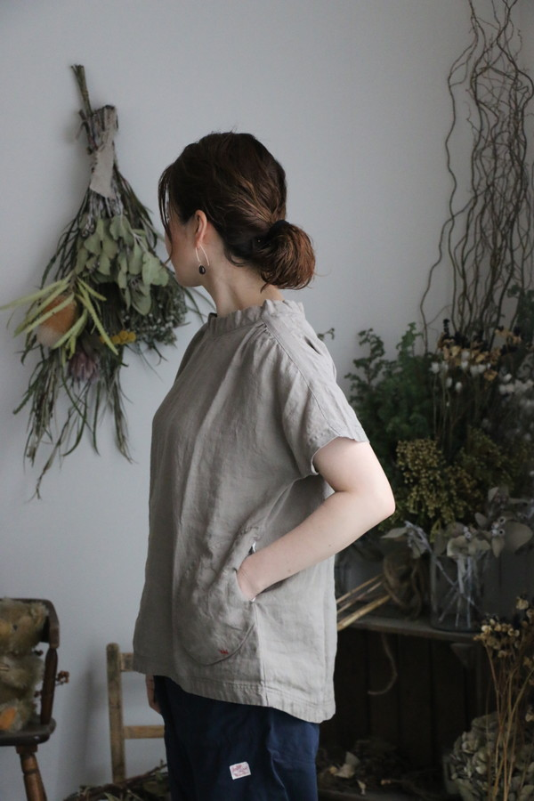 92S-31 快晴堂 カラーリネン ギャザーシャツ 4色