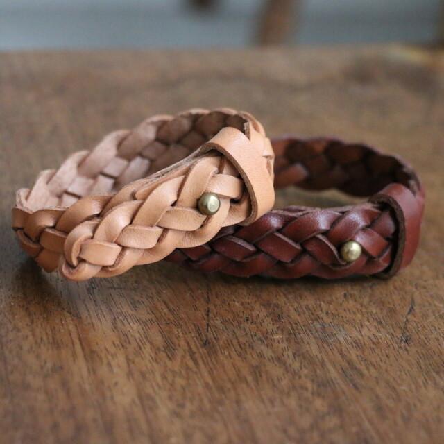 255 ANGLO leather craft 4 Plait Braid Bracelet with Stud 2色