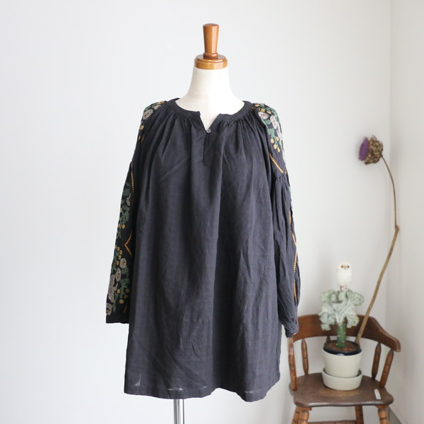 05AM305027 marble SUD EMB Dreamy Volume Sleeve BL 2色