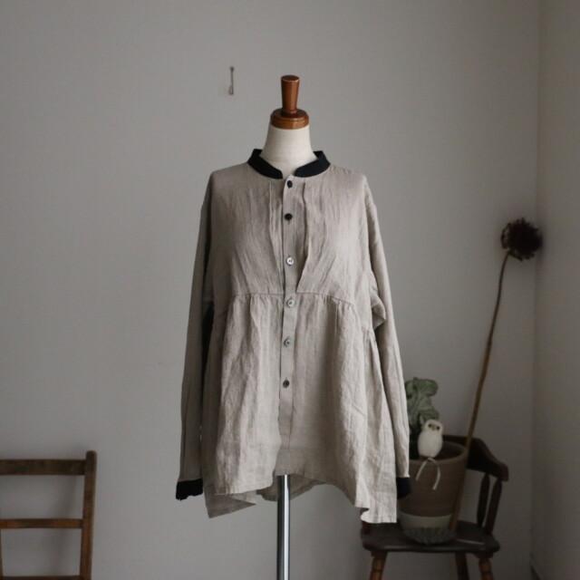 13100011 vlas blomme Belarus Linen 切替えブラウス