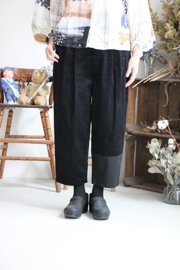 x005 mudoca 集積の感触 パンツ ブラック