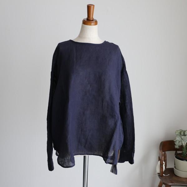 NMDS17101 MAISON DE SOIL BACK OPENING CREW NECK shirt