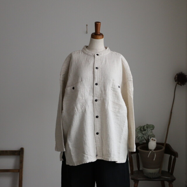 P81108 prit 綿麻二重織ガーゼスタンドカラービッグシャツ 生成