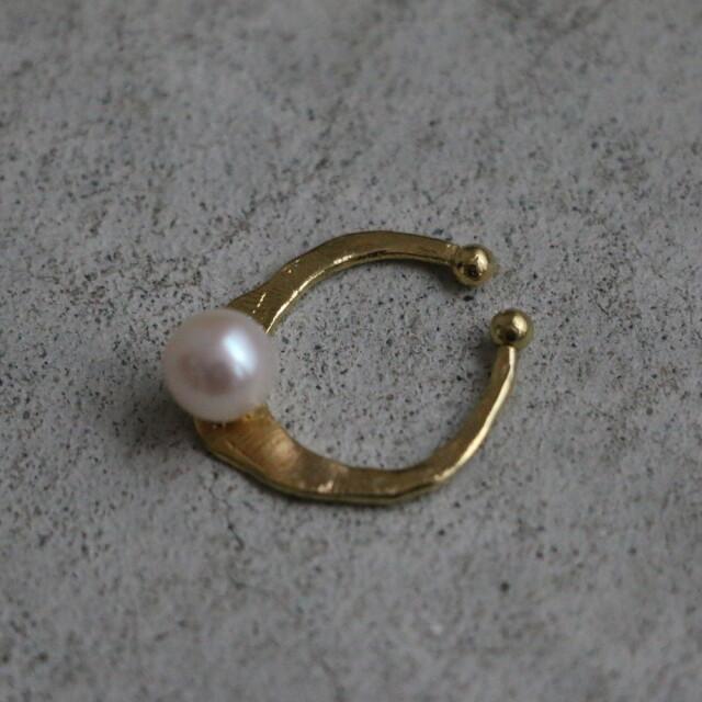 31565101 vlas blomme Pearl  Ear Cuff (片耳タイプ)