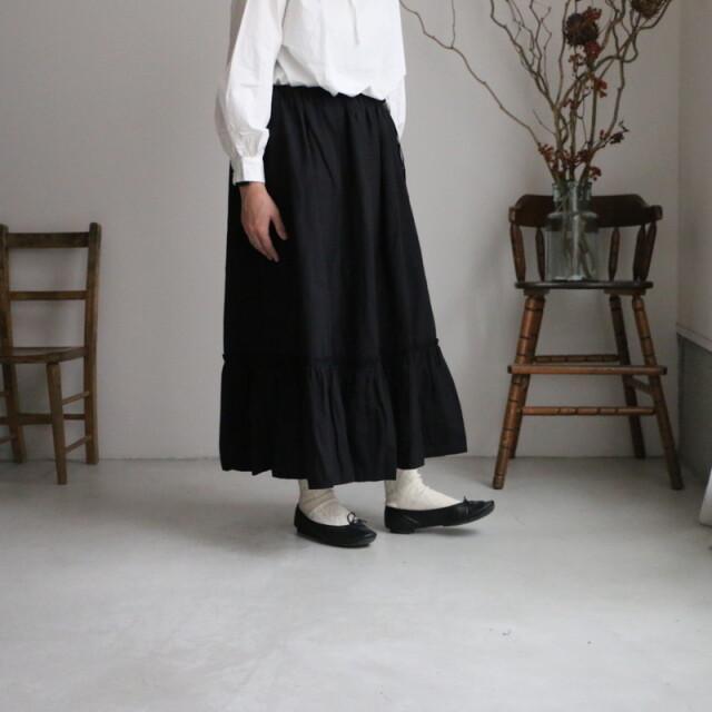 R042 ROBE de PEAU  BLACK ラッフルスカート BLACK