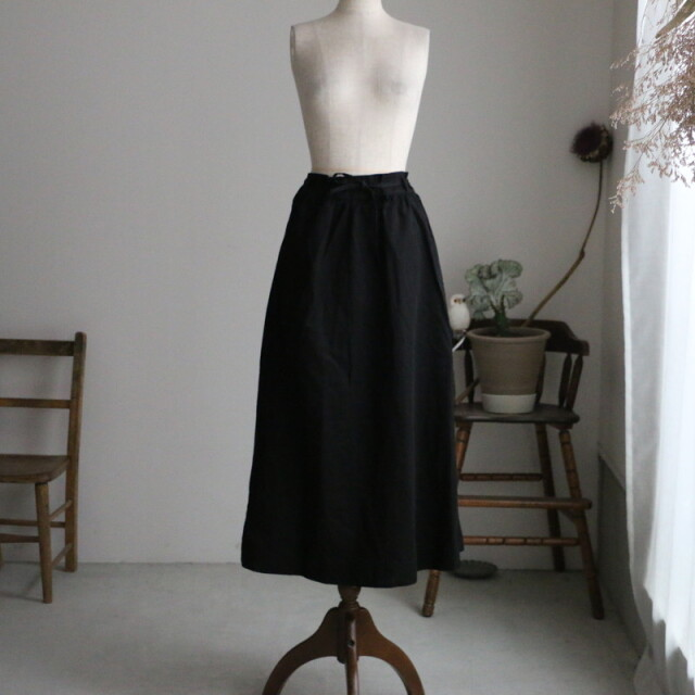 R002 ROBE de PEAU  gathered skirt black