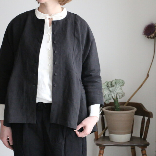 BL151MAGALI キャンバスリネンサイドギャザージャケット ブラック