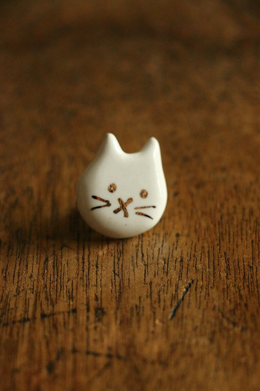 <SALE>14-2-9013 nesessaire cat and rabbit pin 4種