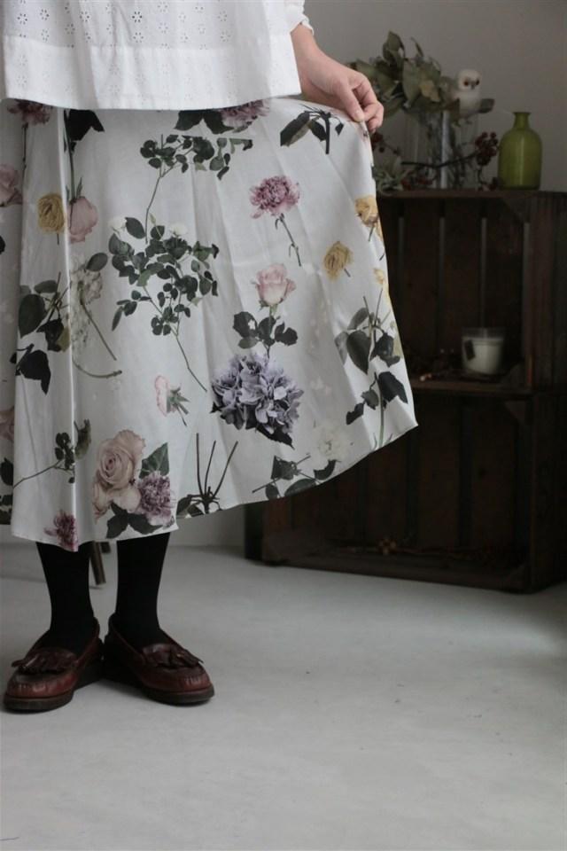 <SALE>t006 mudoca ここに隠すべきこと フレアスカート 2色