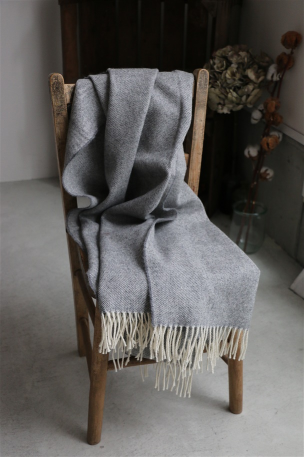 NDM1751 Donegal Mills HERRINGBONE WOOL STOLE gray