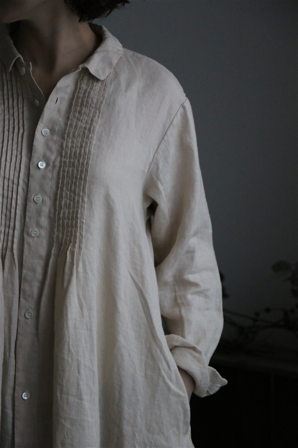 13127181 vlas blomme ピンタックシャツワンピース 2色