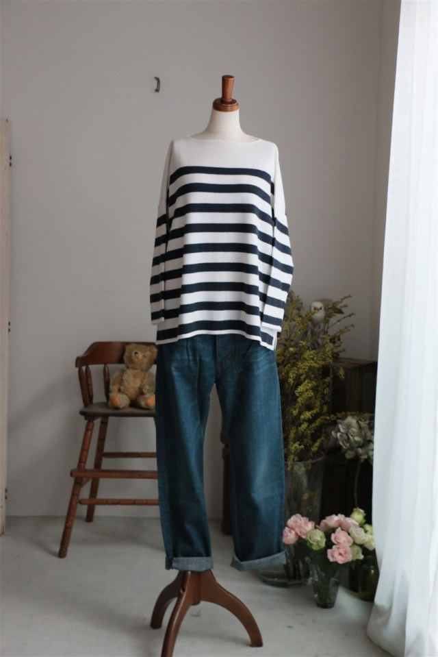 <SALE> SD63AWK15 STAMP AND DIARY Boat-neck Wide Pull-Over