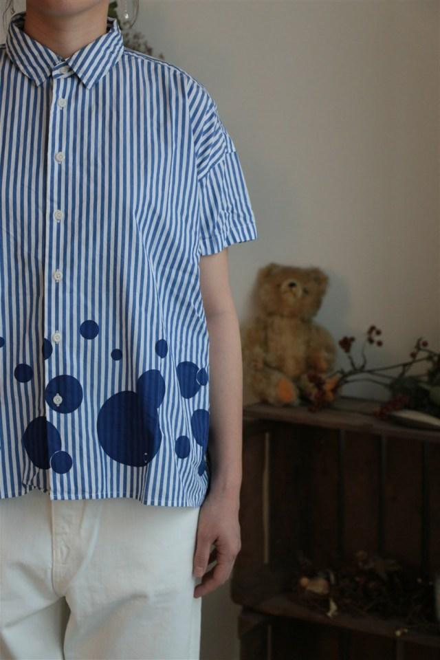 72S-01 快晴堂 晴堂:裾に大水玉BIGシャツ
