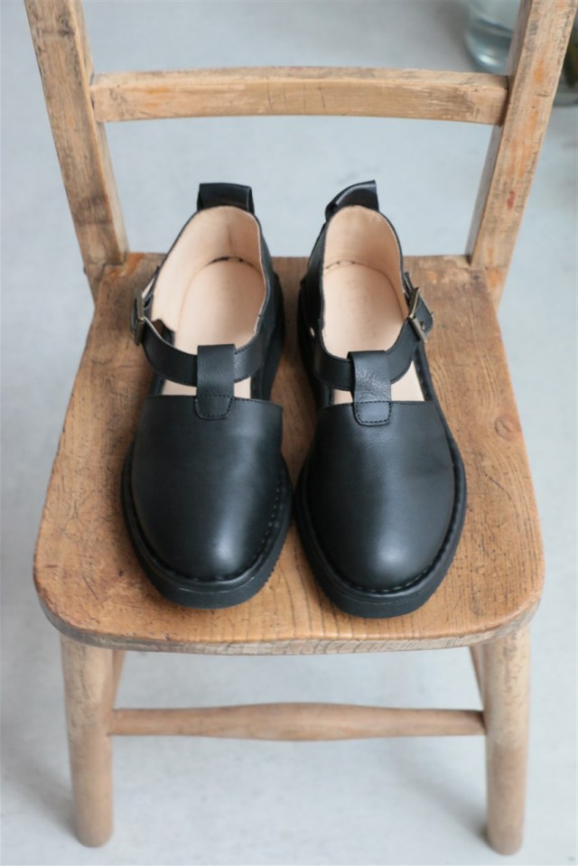 NPP1601 PUNTO PIGRO T-STRAP SHOES 2色