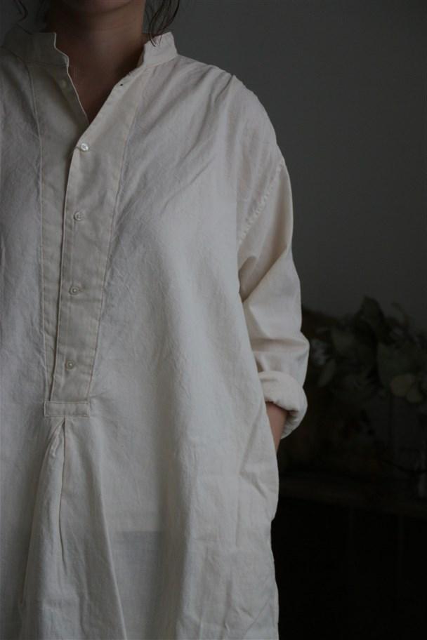 80858 prit 20/1セルビッチガーゼスタンドカラープルオーバーロングシャツ 12.生成り