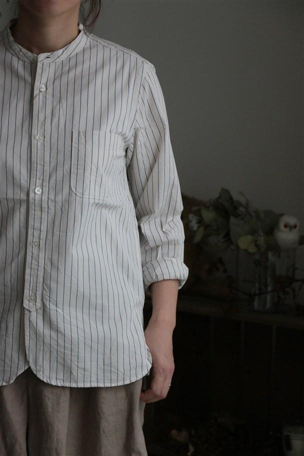80861 prit 40/1オフ白xブルーストライプ スタンドカラーシャツ 2色