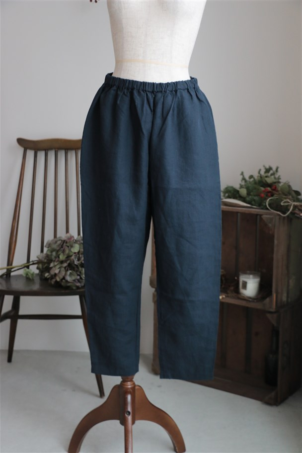 SD52SS55 STAMP AND DIARY Tapered pants ネイビー