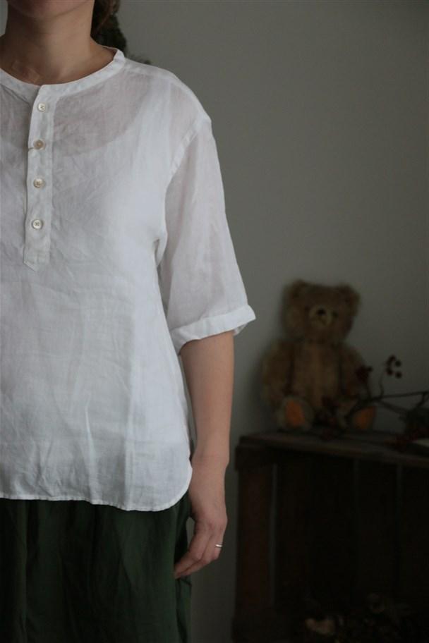 82759 prit 21/1フレンチリネン6分袖バンドカラープルオーバーシャツ 3色
