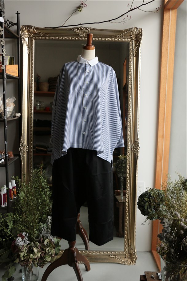 SD64ES11STAMP AND DIARY クレリックシャツ
