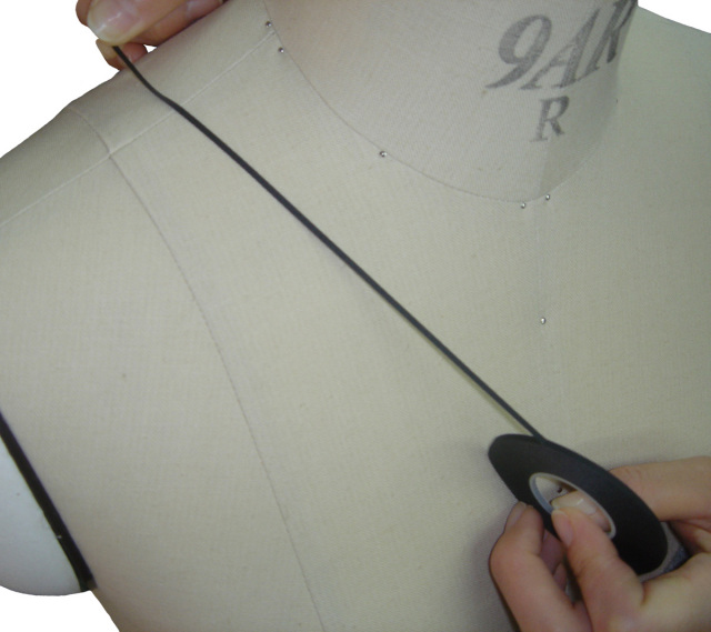 3005-3008 ボディラインテープBody-LineTapeICテープ巾0.8mm/16m巻黒・赤・白・青