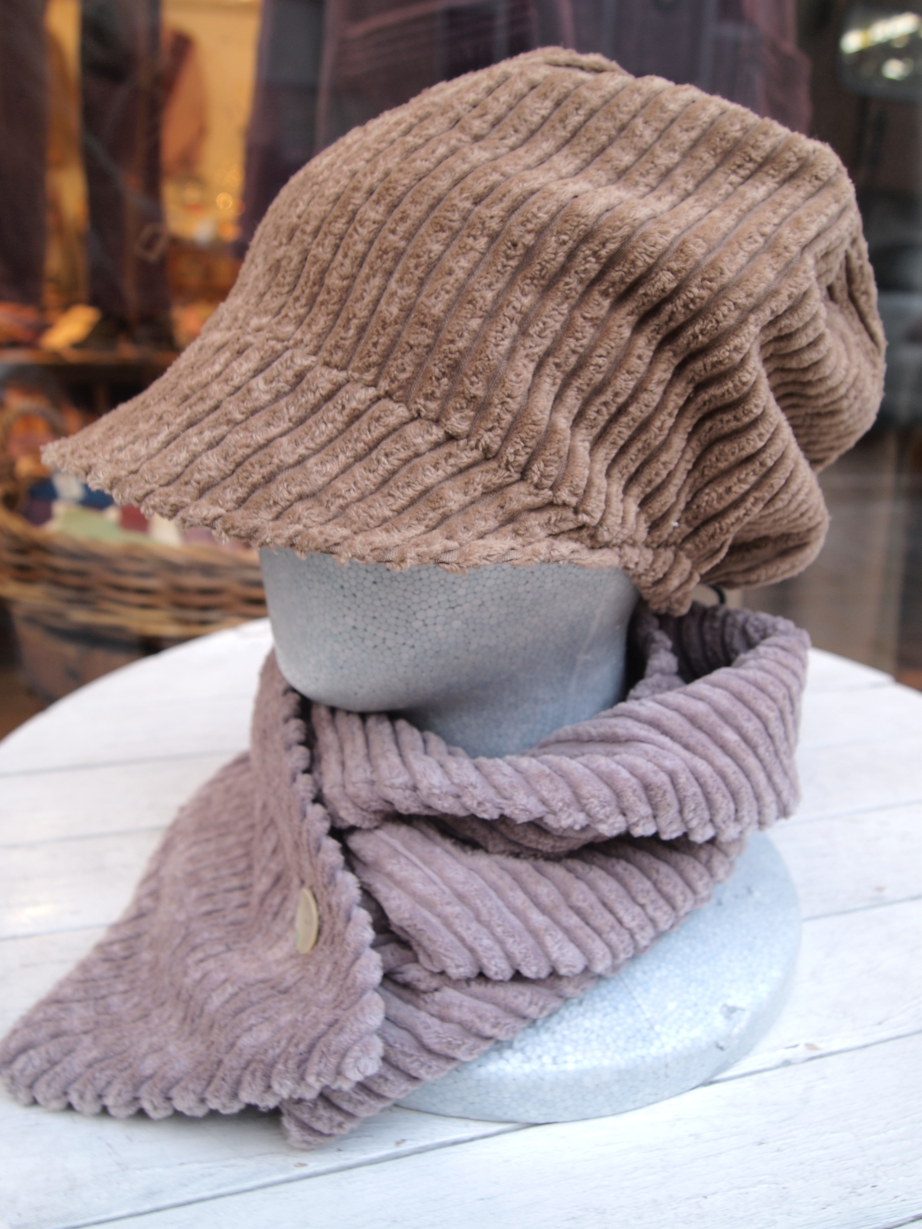 チャロボウシ あったかかわいいコーデュロイの手作り帽子