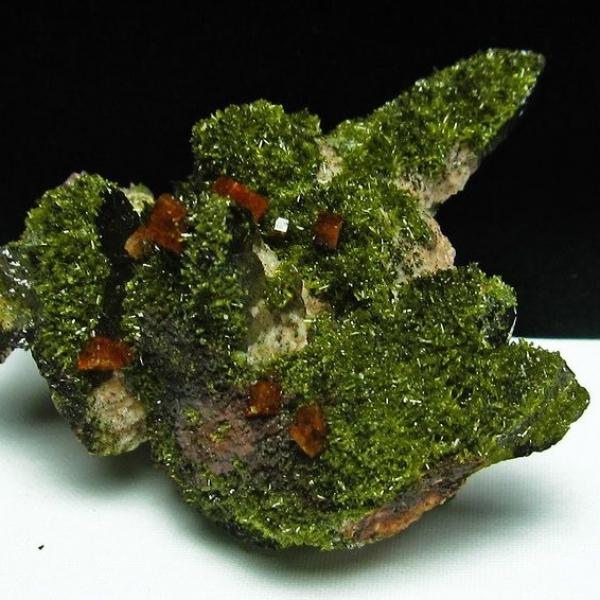 ガーネット結晶 カルサイト トルマリン共生 水晶 原石[K15-2]
