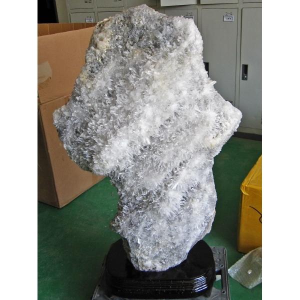 ★浄化効果★89.3Kg ヒマラヤ水晶クラスター 同梱不可  crystal [M500-32] (配送日程要相談品)(特大品)