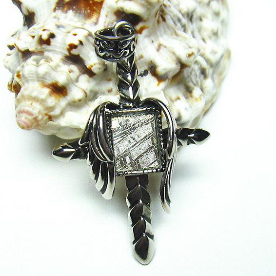 ギベオン メテオライト隕石 十字架 ロザリオ ペンダント [T309-1789]