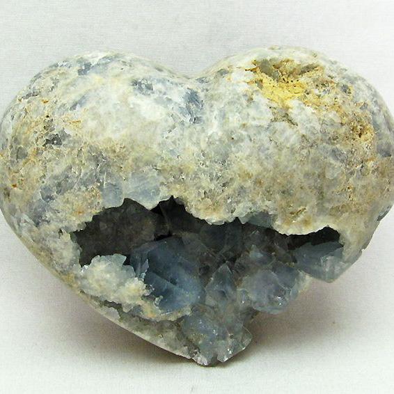 2.5Kg セレスタイト 天青石 ハートシェイプ 原石[T385-13404]