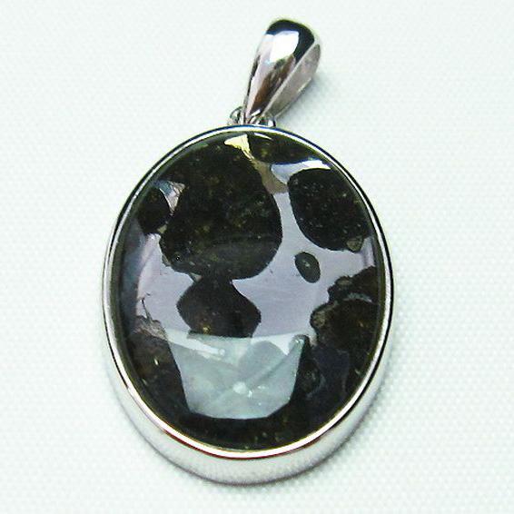 パラサイト隕石 かんらん石 ペンダント [T453-2668]