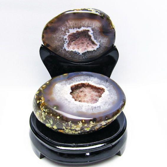 1.4Kg ペア水晶トレジャーメノウ[T604-6056]