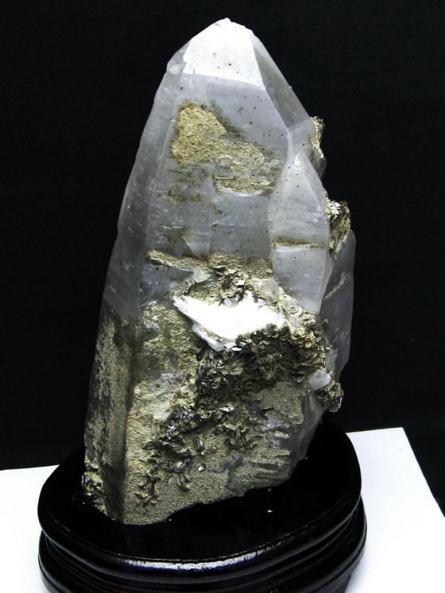 2.2Kg 雲母入り ヒマラヤ水晶 原石[T704-1060]