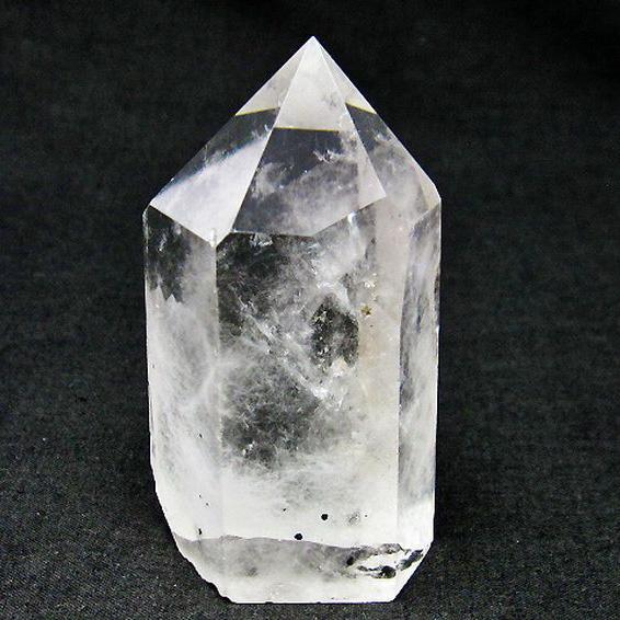 スティブナイト(輝安鉱)入り 水晶 六角柱[T725-1542]