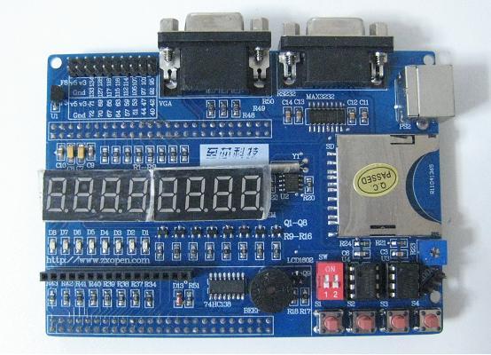 CPLD/FPGA用のインタフェース・ボード(new)