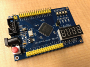 Lattice(ラティス)CPLD、ispMACH4000ファミリのLC4256V開発ボード