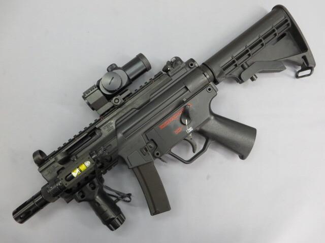 MP5K チャージャー / ダットサイト・フォアグリップ・レーザーサイト・マウント