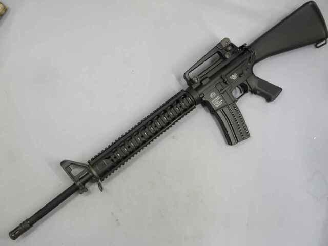 【BoltAirsoft】M16A4 BRSS リコイル電動ガン