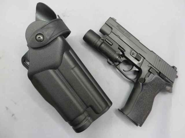 【東京マルイ】SIG SAUER P226E2 / CQフラッシュ・ホルスター