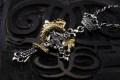 フラメルの十字架にかけられた金の蛇