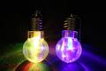 光る 電球ライトキーホルダー(25個以上の特価)
